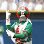 仮面ライダーの始球式