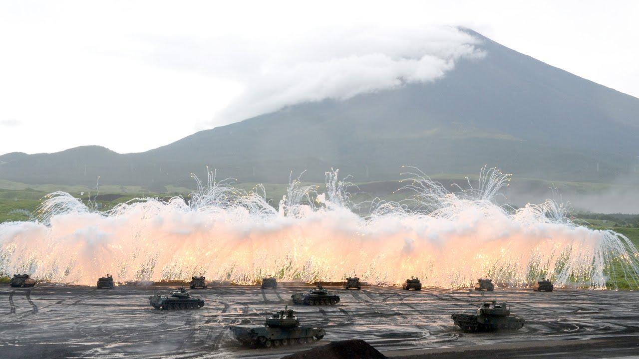 陸上自衛隊富士総合火力演習