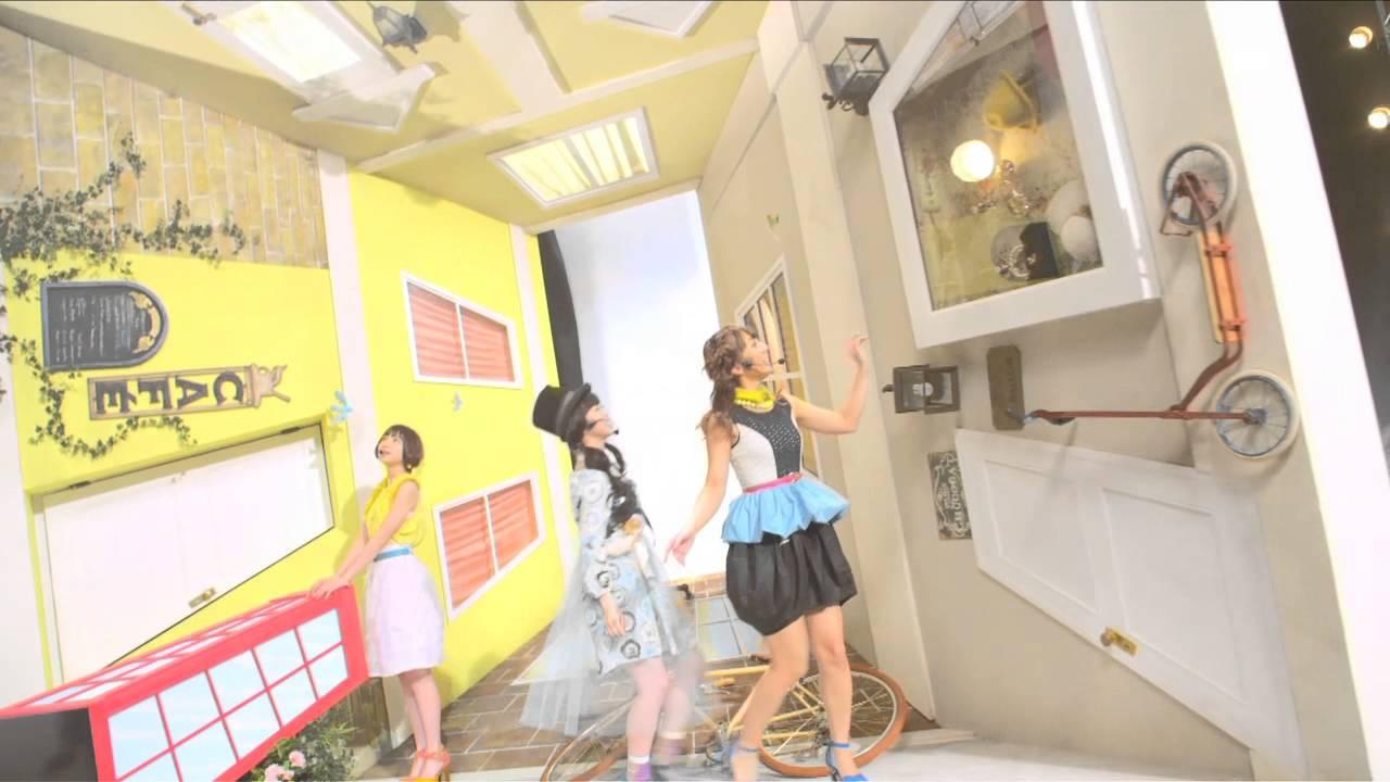 """「最後にアイスミルクを飲んだのはいつだろう?」AKB48""""新""""チームサプライズ"""