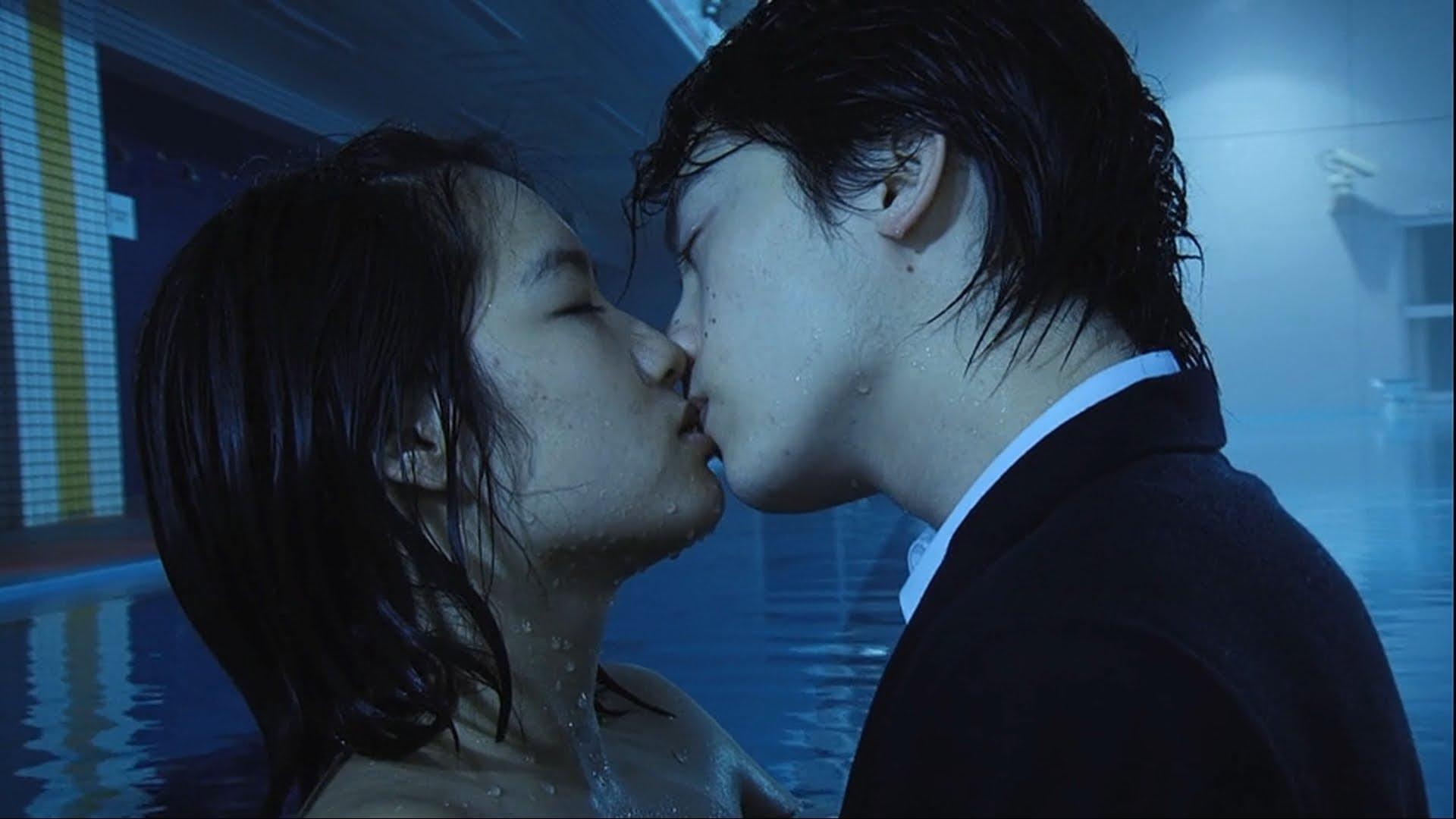 柳ゆり菜主演!セクシー映画「うわこい」(2014年)