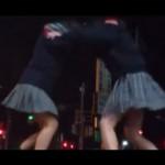 女子高生の間で大流行 ヤッチャイタイ ダンス!