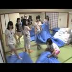 AKB48相笠萌の足の匂いに悶絶する西野未姫
