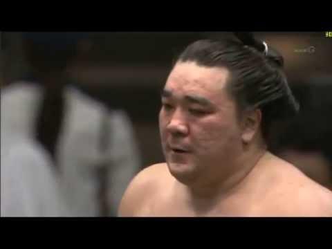 横綱対決! 日馬富士vs白鵬