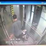 【衝撃】エレベーターでウンコする中国人