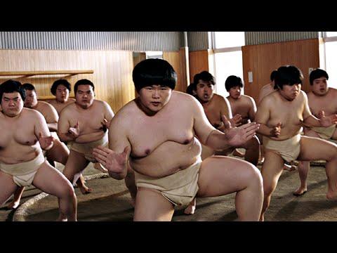「EZ DO DANCE」を踊る相撲部員!