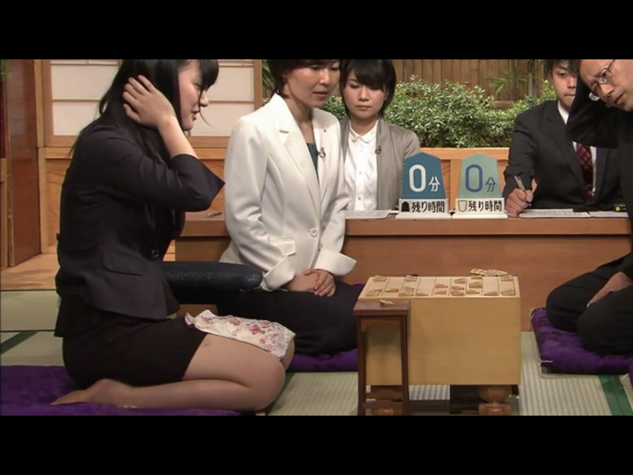 美人で超かわいい 女流棋士 香川愛生さんのミニスカ動画
