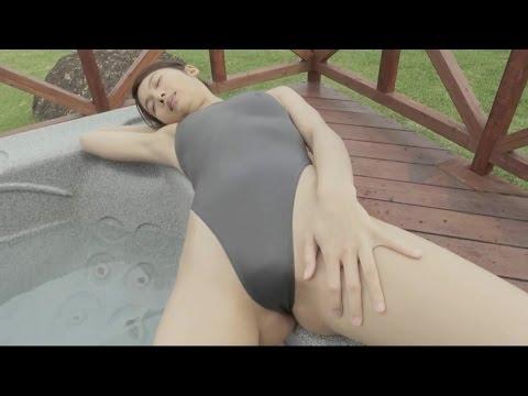 体にぴったりフィット!競泳水着のセクシーな動画集~