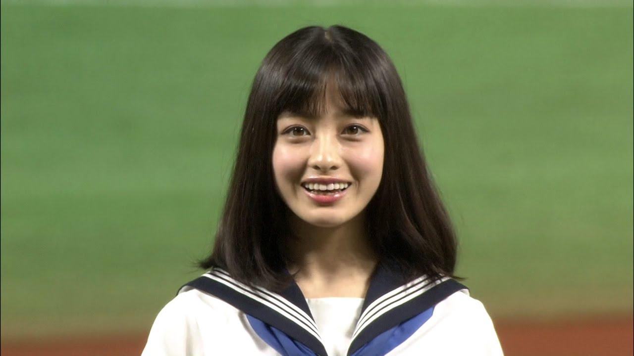 【天使すぎるセーラー服ノーパン始球式】橋本環奈ちゃんがクライマックスシリーズに登場!