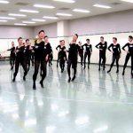 美しすぎる宝塚のラインダンス!