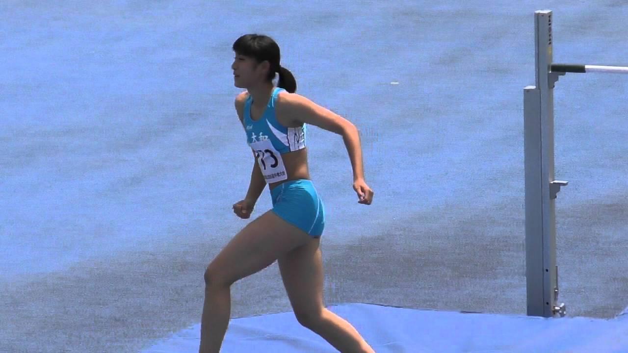 女子陸上 走り高跳びをスーパースローで再生!
