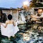 美女がバスタオル一枚で入浴「360VR温泉美人」