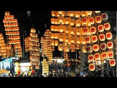 竿燈祭り(秋田市、8月、東北三大祭り)