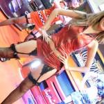 美女コンパニオンが妖怪体操第一を踊ってみた!